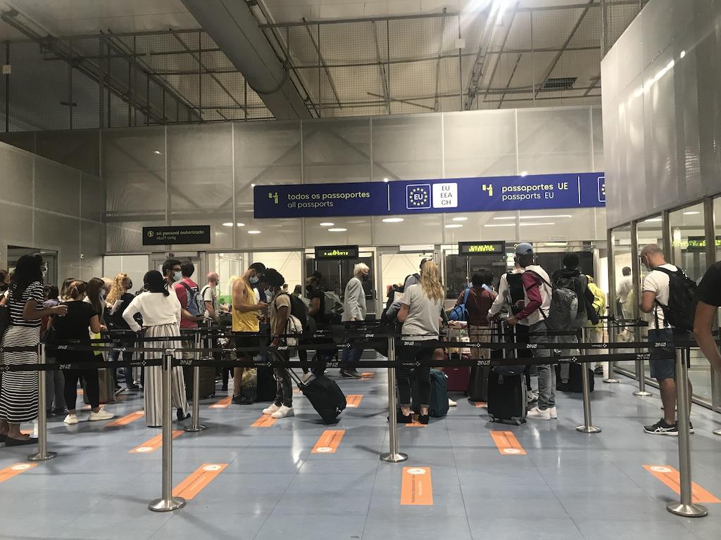aeroporto lisboa 2021-09